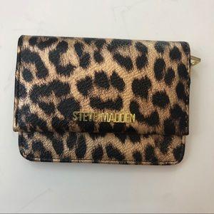 NWOT Cute STEVE MADDEN leopard wallet